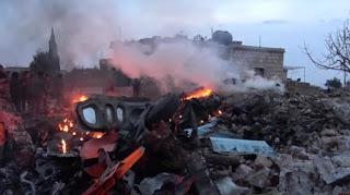 سوريون يسقطون اليوم السبت طائرة مقاتلة روسية فى محافظة ادلب الشمالية