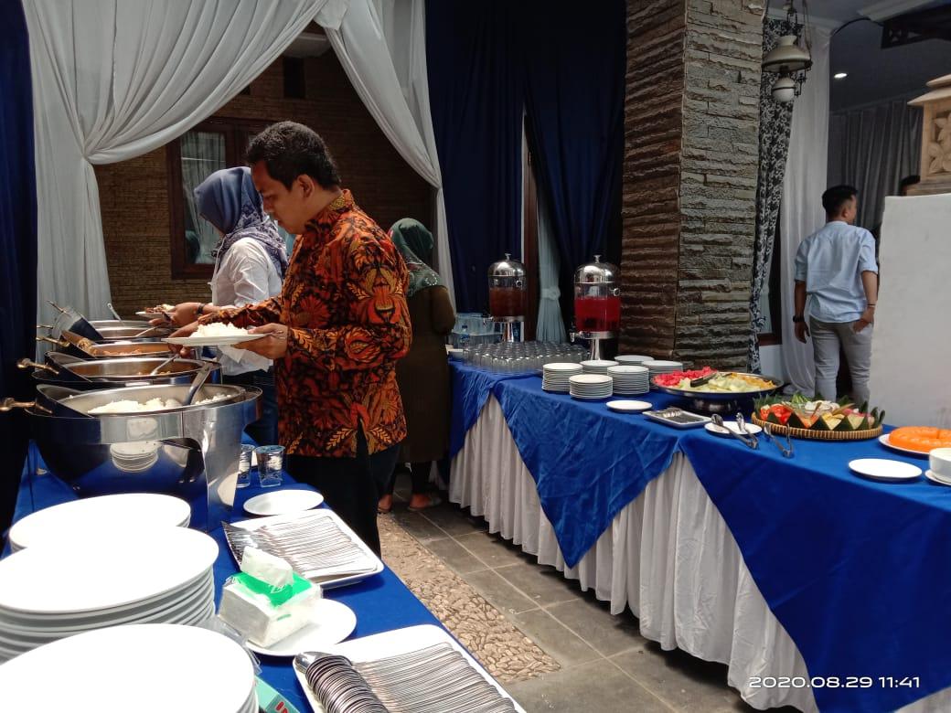 Tips Sukses Melakukan Bisnis Catering Prasmanan