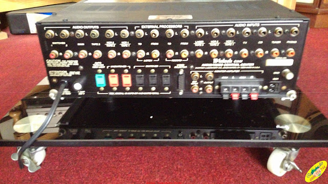 Pre-amplifier : C34V McIntosh - Made in USA