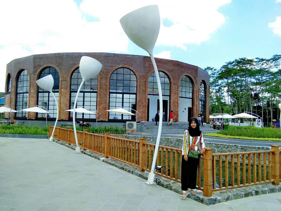 Tiket Masuk Dan Lokasi The Village Baturaden Wisata Baru Di Purwokerto