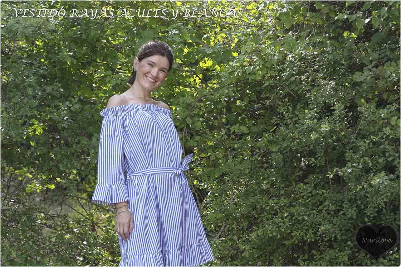 vestido de rayas azules y blancas, ideal para el verano
