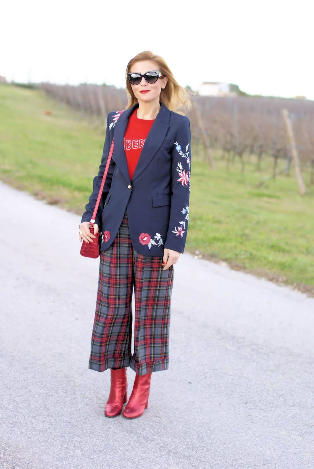 Welcome, december, Zaful embroidered blazer and plaid pants on Fashion and Cookies fashion blog, fashion blogger style
