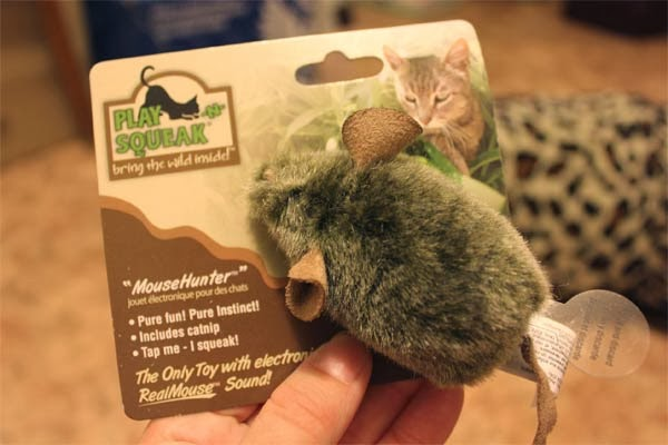 интерактивная мышка для кошек с чипом