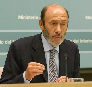 Rubalcaba dimite y abandona el Gobierno