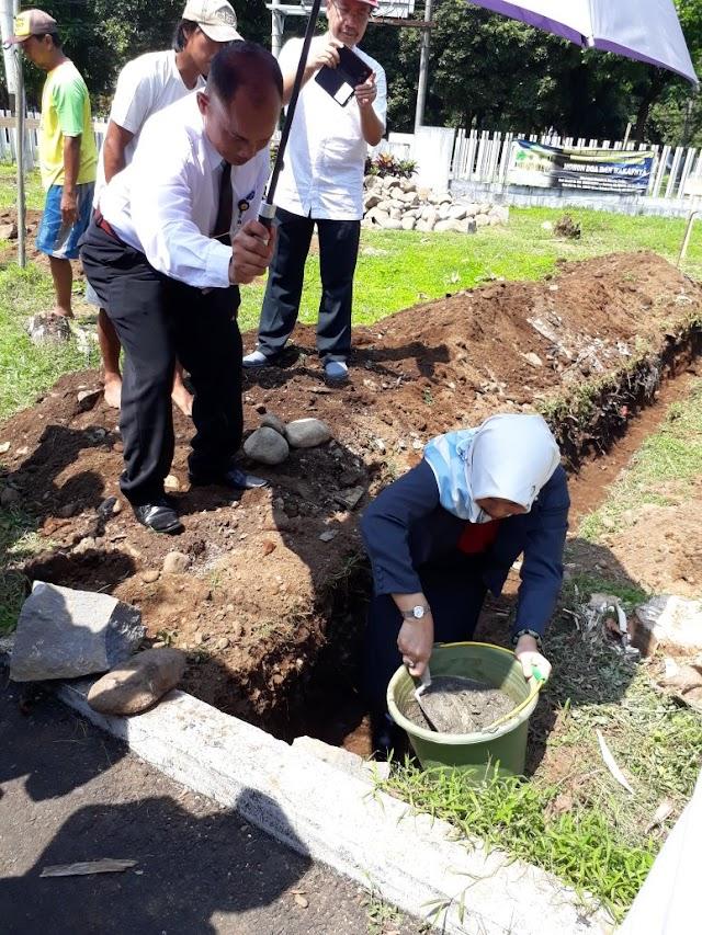 Peletakan Batu Pertama Masjid Fapet Unsoed
