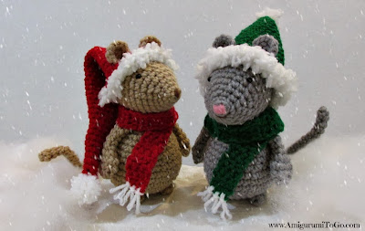 crochet mice with christmas hats on