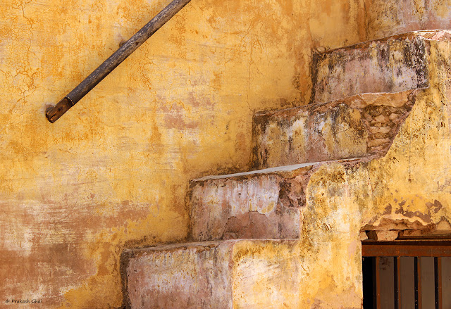A Minimalist Photograph of Old Staircase at Amber Fort, Jaipur  - India shot via Canon 600D © Prakash Ghai