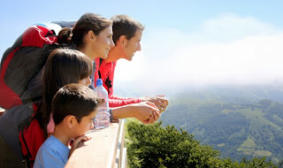 Know about the key benefits of family holiday insurance