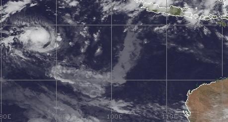 tropischer wirbelsturm im indischen ozean