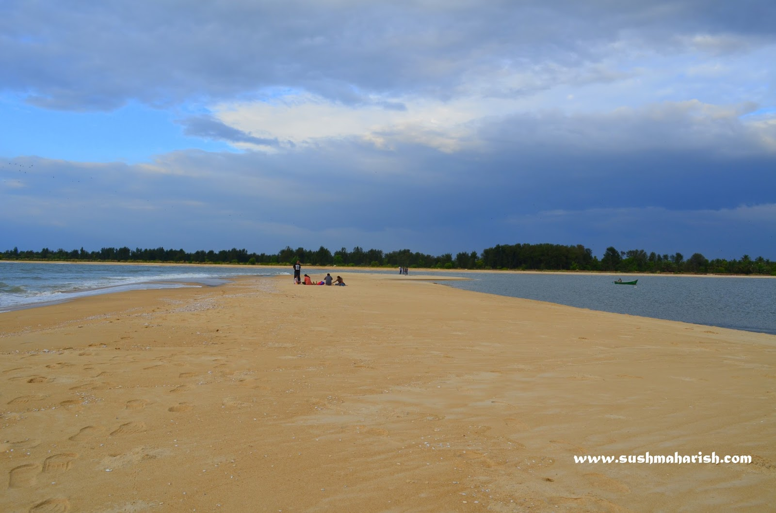 Two Best Beaches Of Udupi - Bengre The Silent Estuary And The Swarming Malpe 2