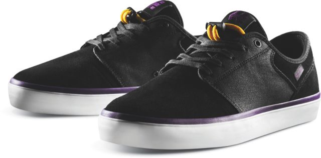 3edae15091 This is the second pro model for Tyler Bledsoe and it s a spinoff of his mid  model.