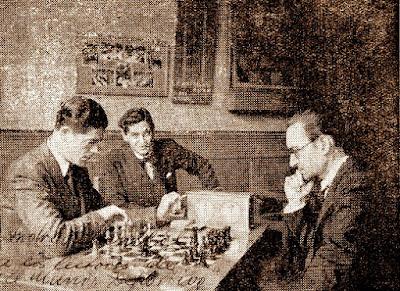 Los ajedrecistas Andor Lilienthal, Leone Biava y Ricard Guinart Cavallé