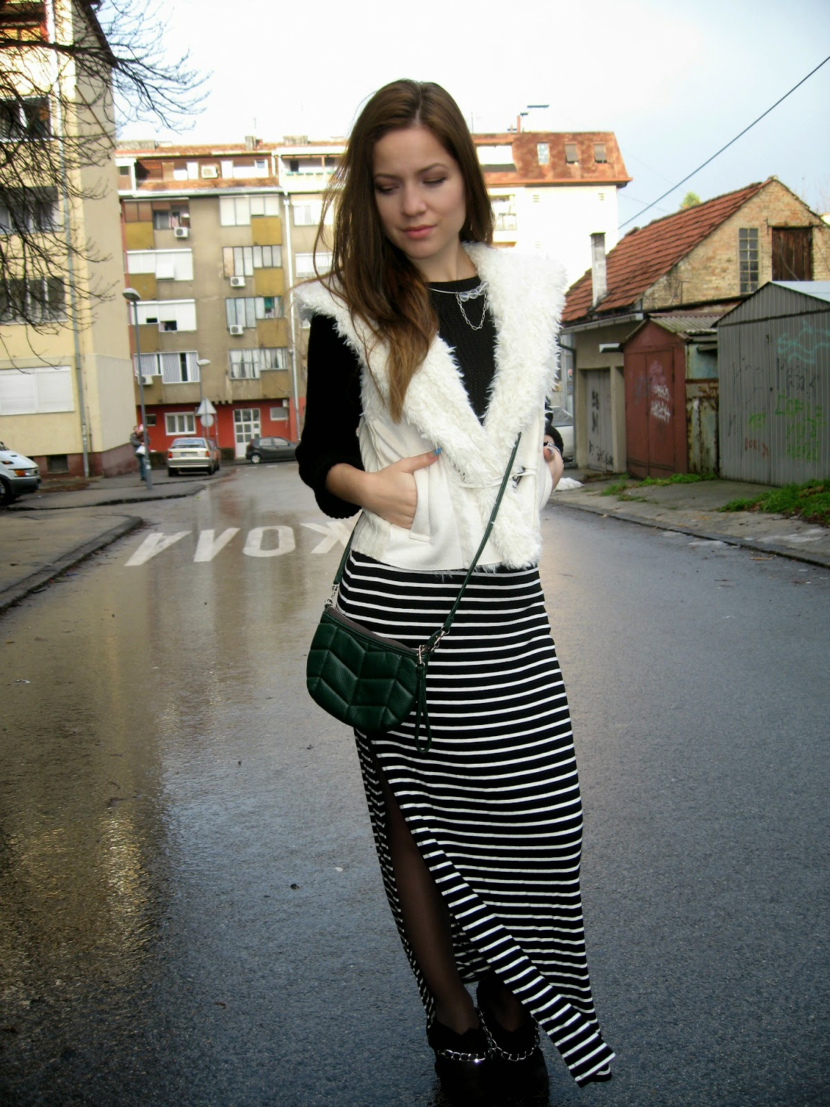 outfit, black and white stripes maxi skirt, bershka skirt, faux fur vest, fuzzy vest, statement necklace, cross body bag, michael kors watch, DIY chain cut boots