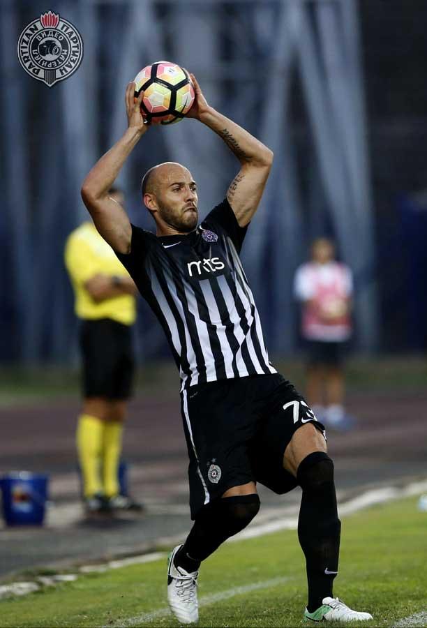 Fudbaler Partizana pohvalio saigrača! (FOTO)