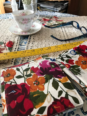 Tutorial Clip For Makeing Fabric Coasters