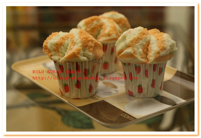 Resep Cake Kukus Pakai Santan: It All Started With His Birthday: BOLU KUKUS SANTAN KARA