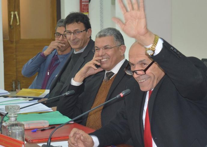بحضور وازن لعامل الإقليم، المجلس الإقليمي لتارودانت يصادق بالإجماع على كل نقاط الدورة العادية لشهر يناير