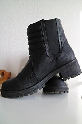 Shoppingausbeute | Januar - www.josieslittlewonderland.de , haul, new yorker, fashion, boots, schwarze stiefel, winterboots