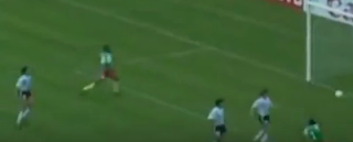 الكاميرون تفوز على الأرجنتين 1-0 فى افتتاح مونديال إيطاليا 1990