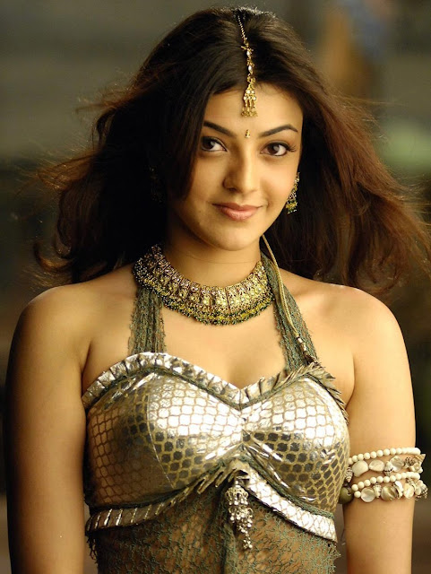 Kajal Agarwal Exotic Gold Necklace