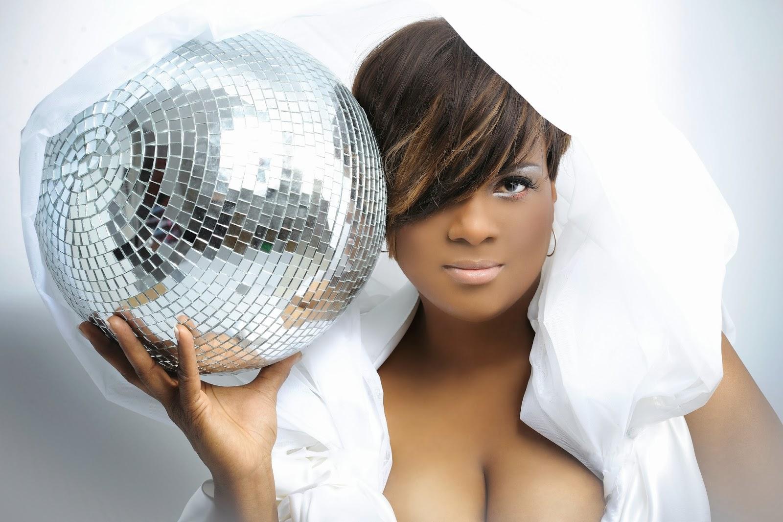 Haiducii Nude eurodance blog: 01/01/2014 - 02/01/2014