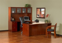 Mira Executive Desk Set