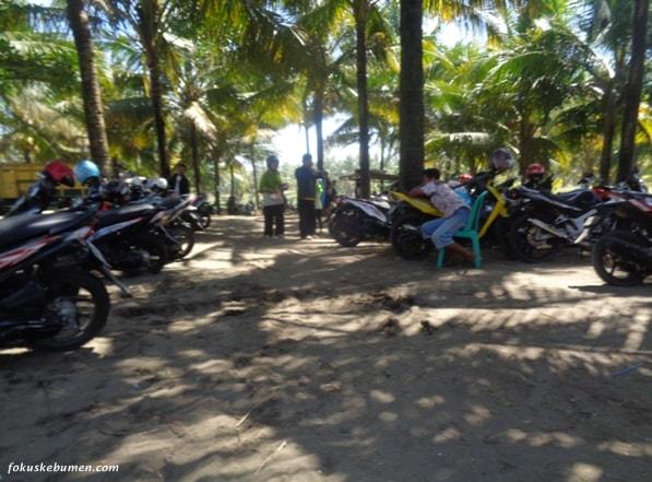 Harga Tiket Masuk Obyek Wisata Pantai Sawangan