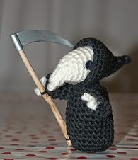 http://www.ravelry.com/patterns/library/rattus-mortei