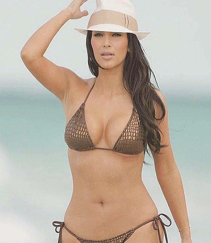Kim khardashian hot bikini Photos