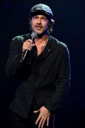 """Todas essas celebridades têm a mesma idade que Brad Pitt E o """"padrão Pitt, têm?"""