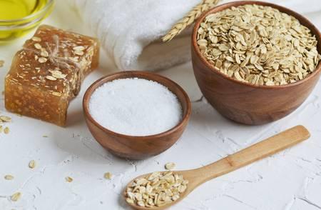 oat lemon and honey face mask