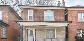 Μια 96χρονη γυναίκα θέλει να πουλήσει το σπίτι της. Ο μεσίτης δεν μπορεί να πιστέψει αυτό που βρήκε μέσα