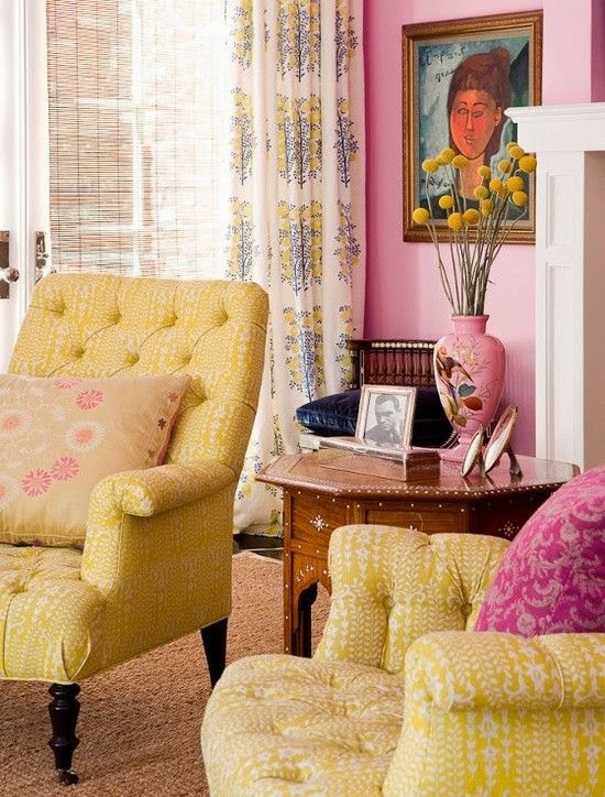 This Pop Of Bold Hot Pink Brings Life And Excitement To Lovely Room With It S Soft Yellow Walls