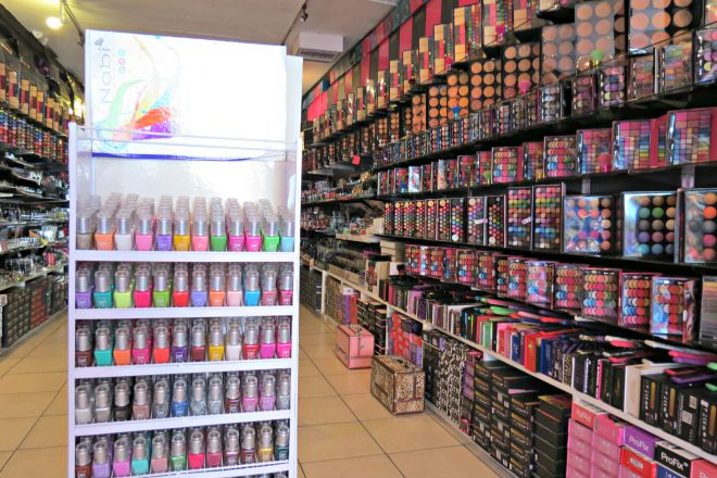 ea062319d23 Nail Polish Wholesale In Los Angeles   Hession Hairdressing