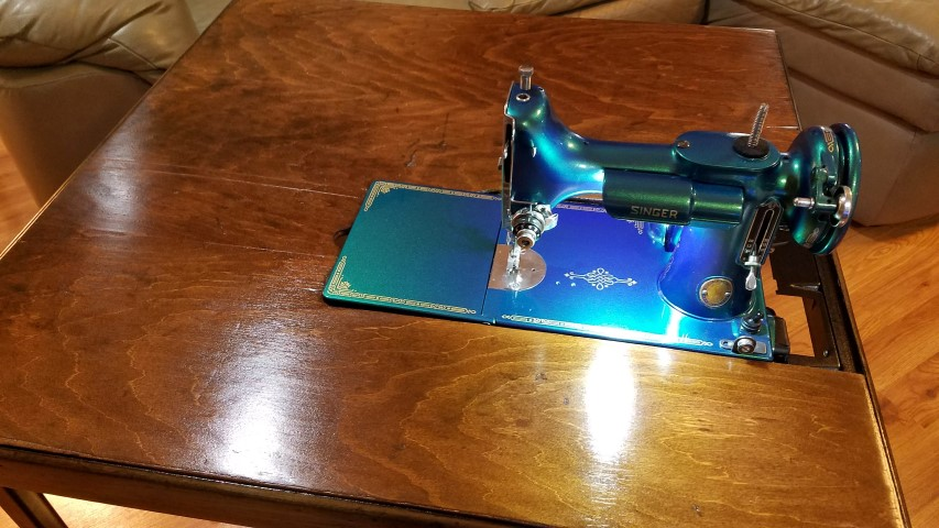 Vintage Sewing Machines, Restoring Antique Singer Sewing Machine Cabinet