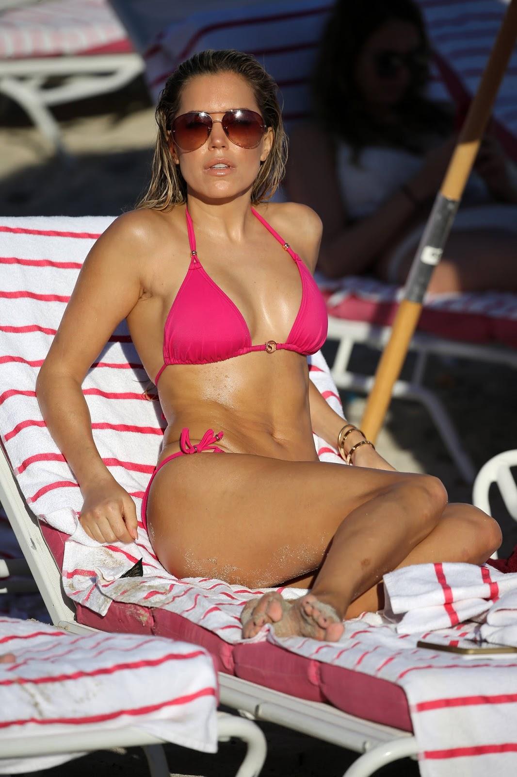Sylvie Meis Hot Body in a Pink Bikini