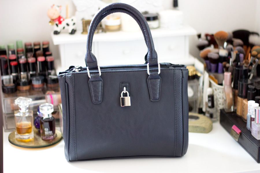 e02ff5777e9 FashStyleLiv  Primark Mini City Bag (The Weekend Bag)