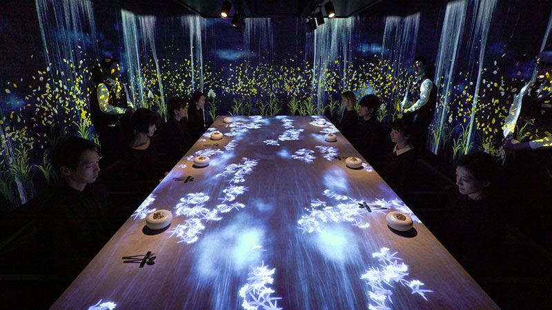 A Digital Installation Inside A Restaurant To Enhance The Dining Experience  By TeamLab