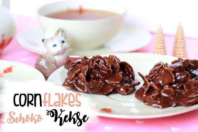 Cornflakes Schoko-Kekse  auf dem Tisch