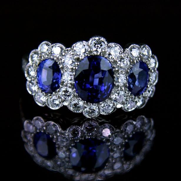 Most Beautiful Shining Diamond Rings Designs