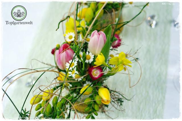 Gartenblog Topfgartenwelt Gartenmesse: Garten Salzburg 2017 Hochzeitsfloristik mit gelben Tulpen