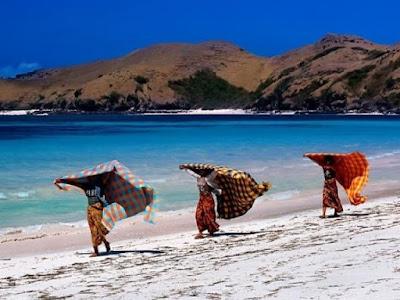 wisata lombok, wisata di lombok wajib di kunjungi