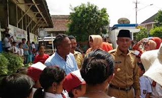 Tinjau Sekolah Tua, Iskandar: Tahun ini Kita Bangun
