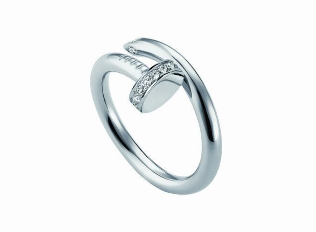 22K White gold ladies ring unique style set with round cut diamond