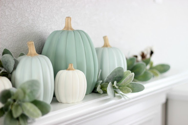 How to make your own painted pumpkins - perfect for fall decorating!