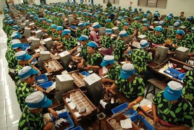 Tersedia lapangan Pekerjaan faktor penarik perpindahan penduduk - berbagaireviews.com