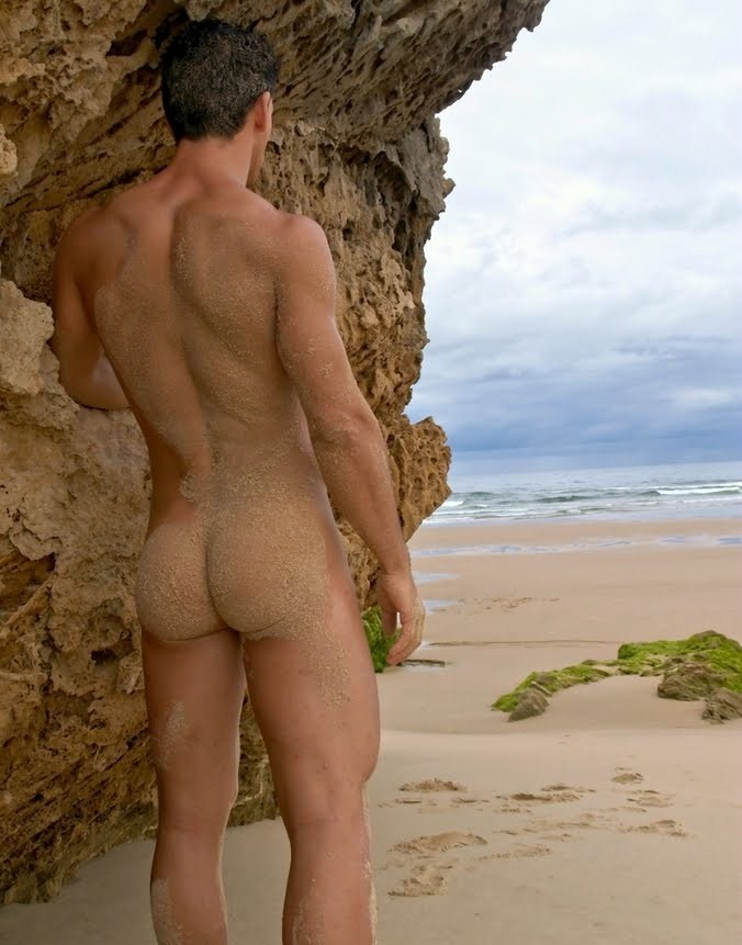 The nude brazilian men — img 1