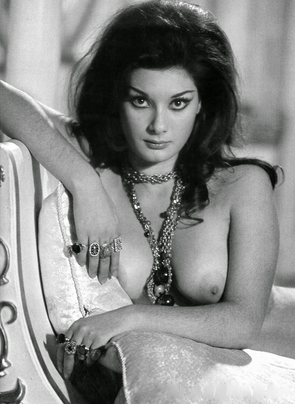 Pity, Naked film stars female apologise