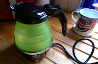 Foldable travel kettle