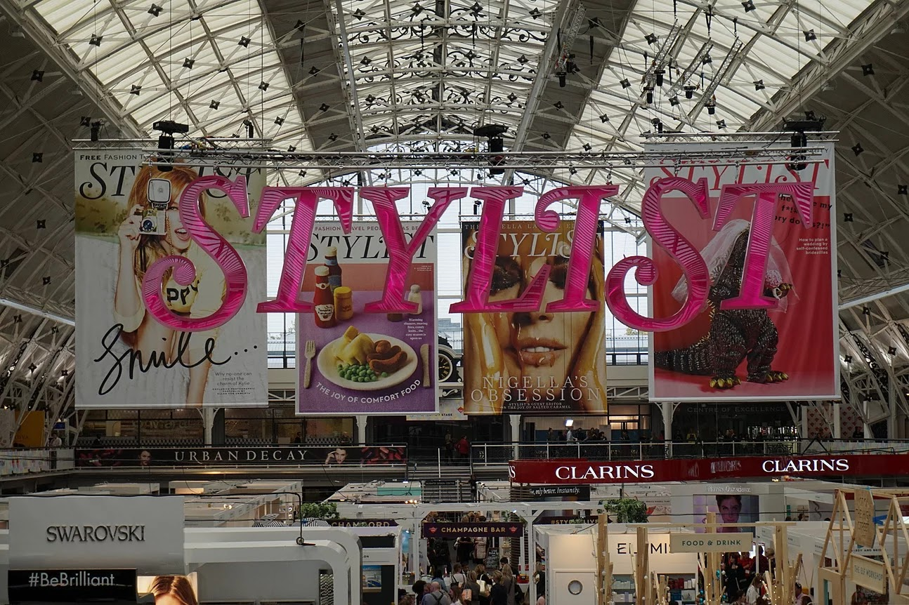 Stylist Live 2016 sign